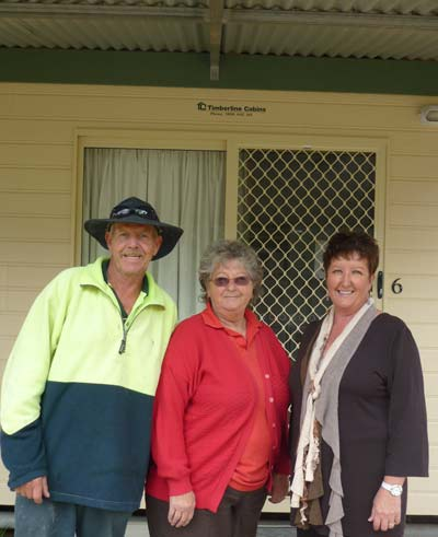 Managers of the Condobolin Caravan Park Rob and Sheryen Hill and Deputy Mayor Kim Jones. D.G.