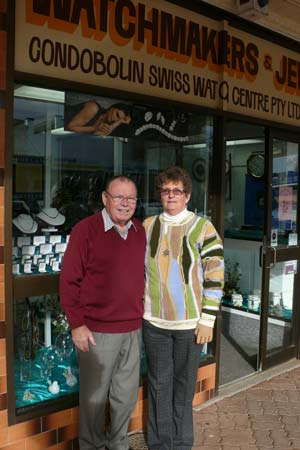 Bob and Erika Kuhn of the Condobolin Swiss Watch Centre are retiring after 43 years.