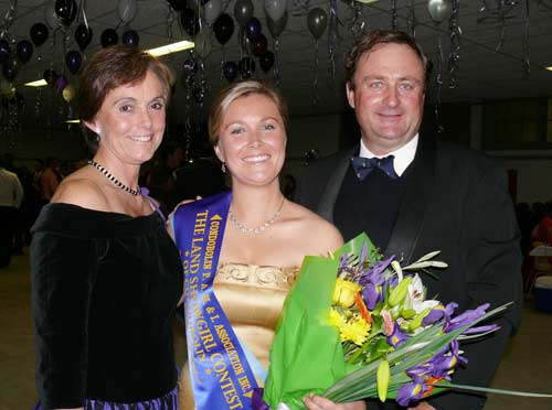 Anthea and John Sutherland with their daughter and winner of the 2010 Condobolin Miss Showgirl, Georgie Sutherland.