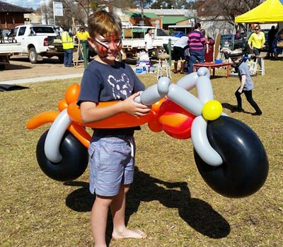 The sun is shining, jumpers are coming off, jacarandas are in bloom and the wattle is out – just in time for the Condobolin Preschool's Spring Fair.