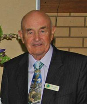 Councillors Des Manwaring and John Medcalf have both been re-elected to their positions as Mayor and Deputy Mayor of the Lachlan Shire Council.