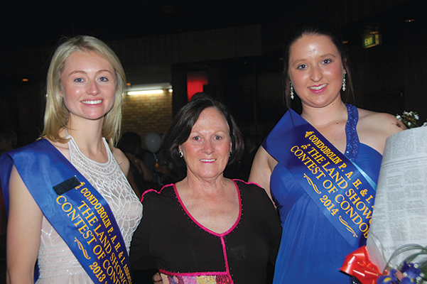 Would you like to be the next Condobolin Showgirl?